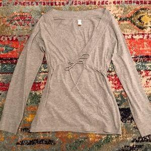 Lucy Active M Stretch Empire Waist V-Neck Shirt
